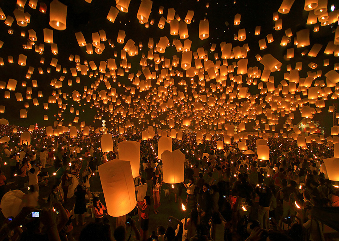 死ぬまでに一度は行きたい世界の絶景:平渓郷天燈祭