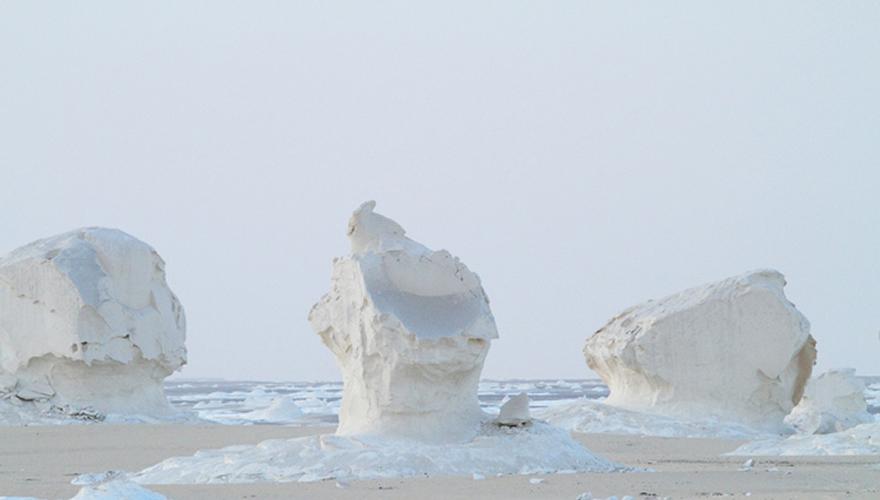 死ぬまでに一度は行きたい世界の絶景:エジプトの白砂漠