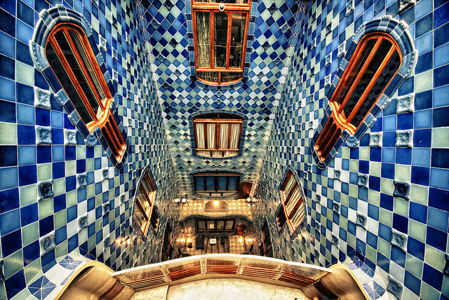 バルセロナ旅行者必見!ガウディが生んだモデルニスモ建築【世界遺産】
