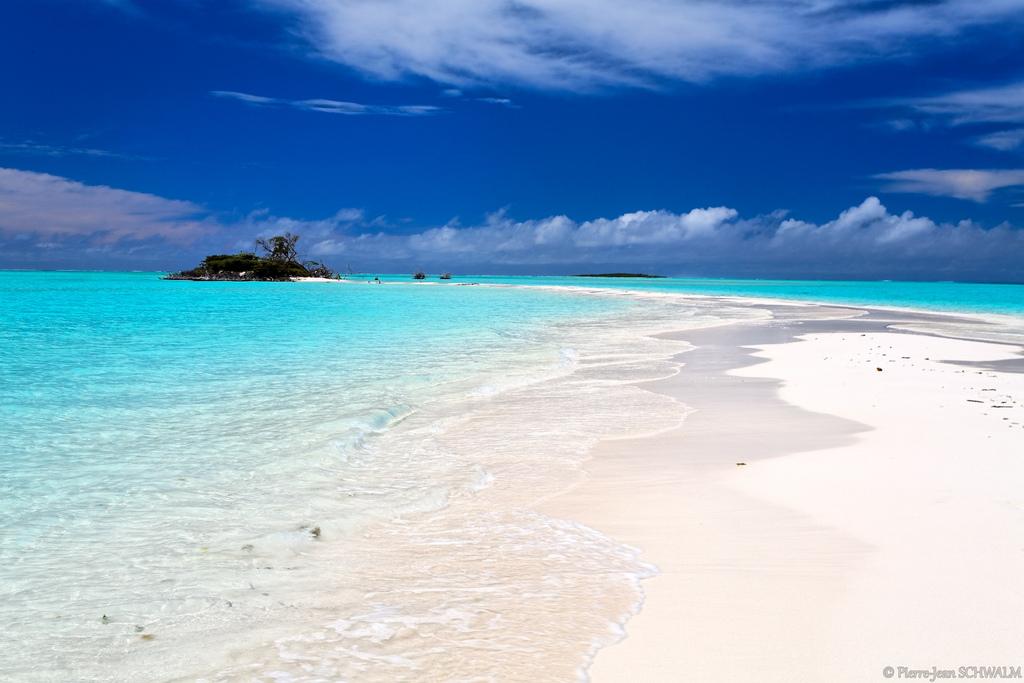 ノンカウイ島のビーチの風景