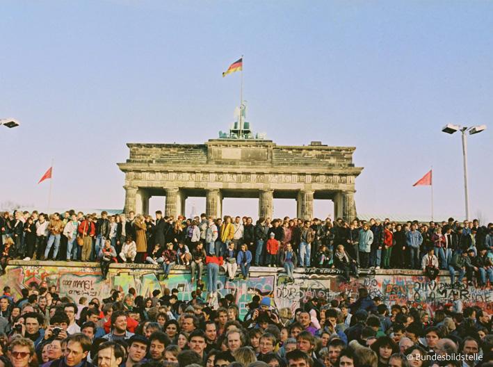 壁で分断された東西冷戦の象徴「ドイツ・ベルリンの壁」