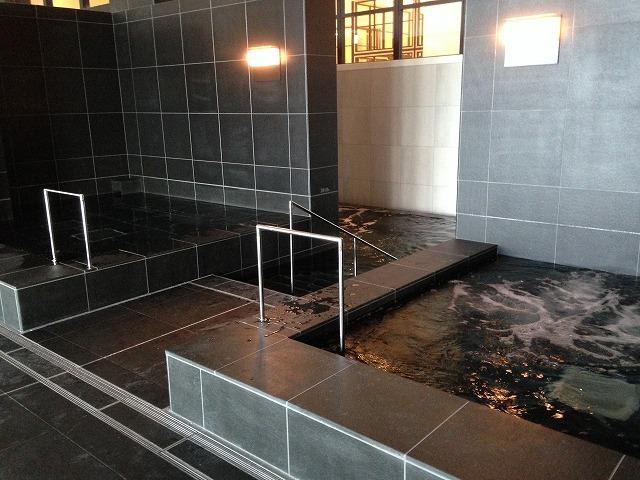 アンダーズ東京のスパの炭酸泉ジャグジー