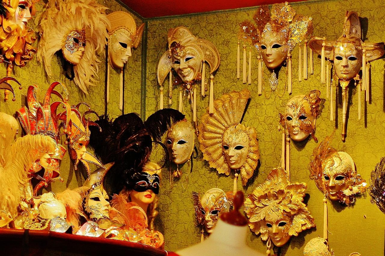 イタリア ヴェネツィア 売られている仮面