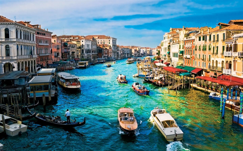 ロマン溢れる街並みを持つ美しすぎるイタリアの水の都「ヴェネツィア」