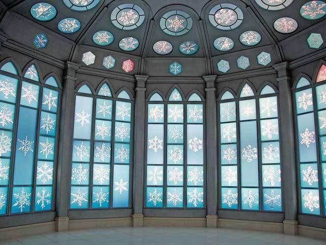 アナ雪のお城が日本に!?北海道の「雪の美術館」がアナ雪の世界のような美しさ