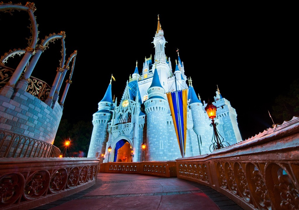 シンデレラ城に泊まれる!?「シンデレラ・キャッスル・スイート」は本当に魔法がかかったような夢の空間