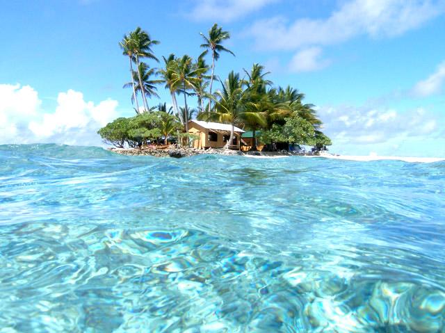 【世界の絶景第1位】グアムから1時間半で行ける癒しの楽園「ジープ島」