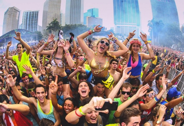 picture_tcp_big_Weekend_1_Ultra_Music_Festival_2013_in_101_Pics-630x434