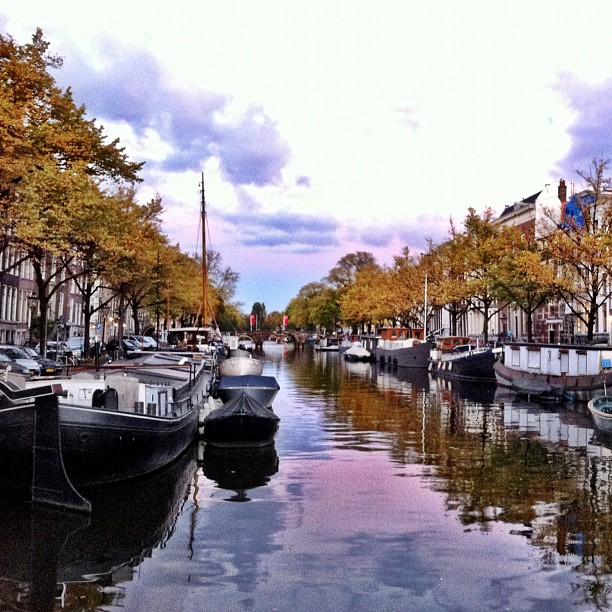 amsterdam-canals-twilight-fall