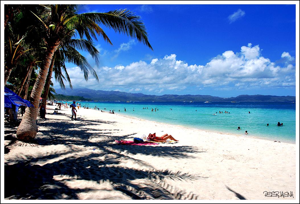 まるで天国そのもの!アジアナンバーワンビーチ「ボラカイ島」