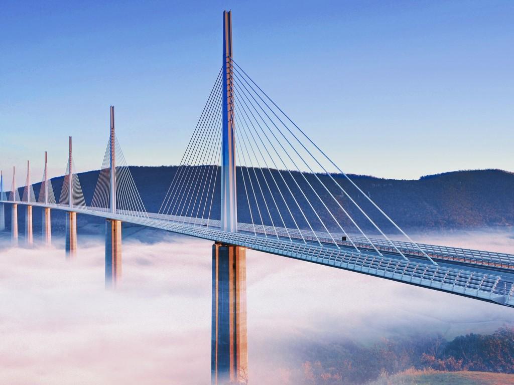 france-millau-viaduct-fog-1820749-1024x768