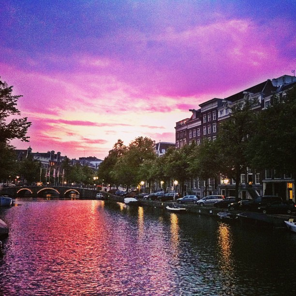 sunset-canal-amsterdam