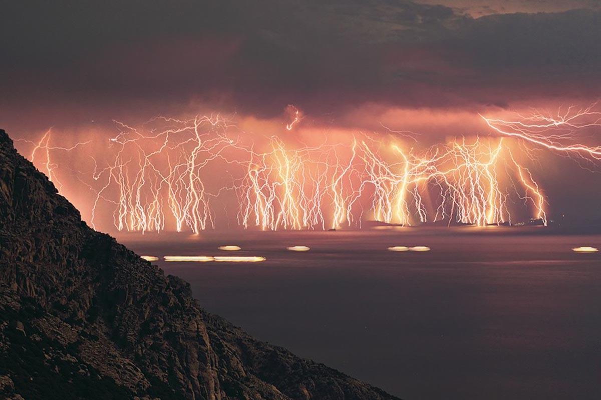 世界最多の稲妻!ベネズエラの驚異の自然現象「マラカイボの灯台」が摩訶不思議すぎる