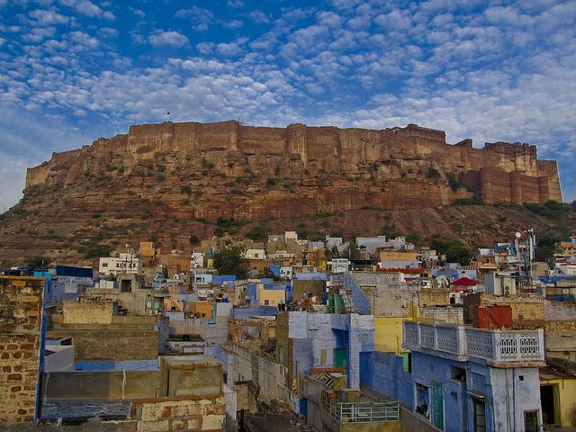 ワンピースファン必見!アラバスタのモデルと噂されるインドの青い町「ジョードプル」