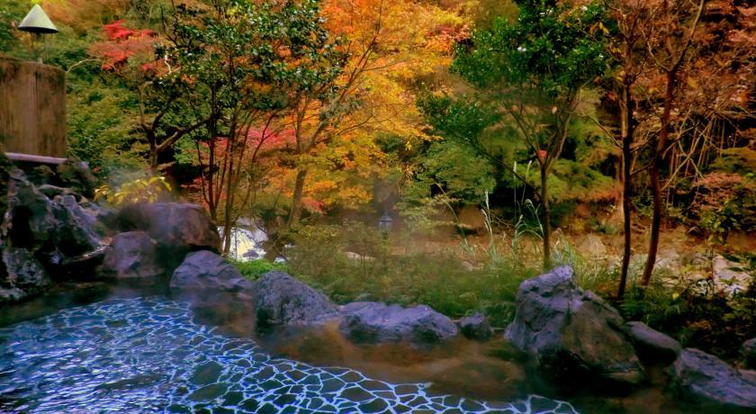 紫雲荘の露天風呂