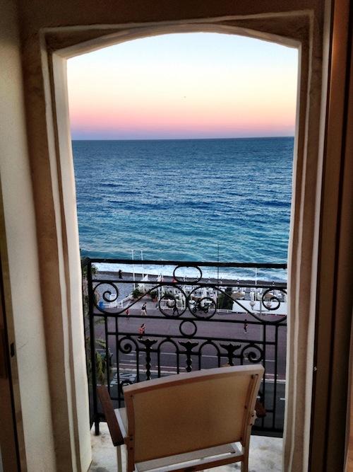 ル・ネグレスコの部屋から眺める夕焼け