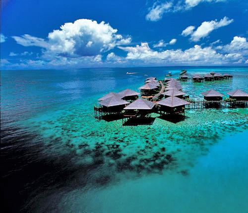 シパダン島