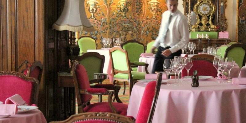 ル・ネグレスコのレストラン・ル・シャントクレール