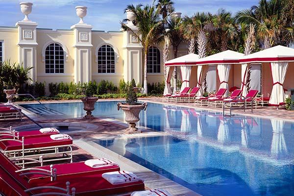 イタリアの邸宅を思わせる美しきビーチリゾート「アクアリーナ・リゾート&スパ」