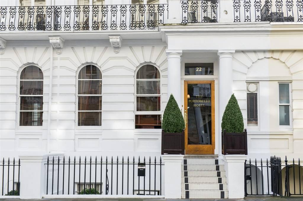 往年のミュージシャンに愛されたスウィンギング・ロンドンを感じる「ポートベロー・ホテル」