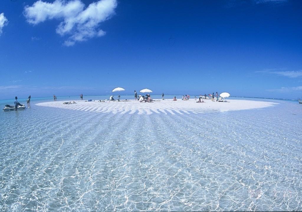 沖縄だけじゃない!東洋の真珠と称される鹿児島先南端の絶景島「与論島」