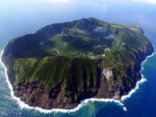 東京都とは思えない美しき星空に圧倒される絶海の孤島「青ヶ島」