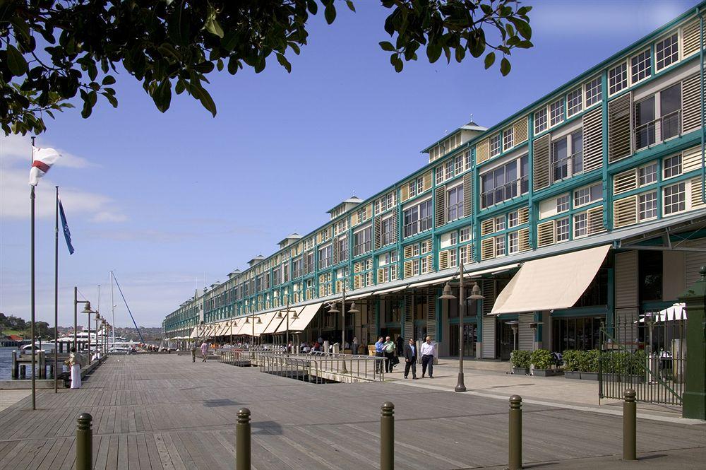 オペラハウス近くの入り江に建つ水辺の5つ星ホテル「ブルー・シドニー」