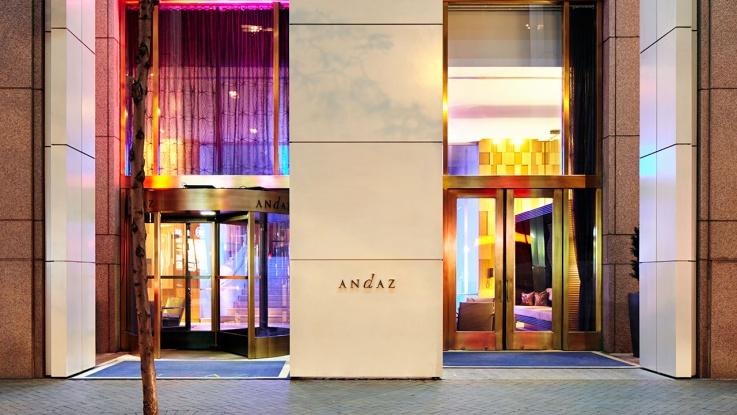 金融街の慌しさとは裏腹にモダンで落ち着いた「アンダーズ・ウォールストリート」