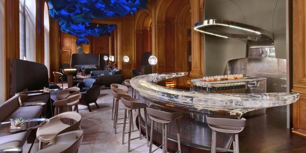 ホテル・プラザ・アテネのバー