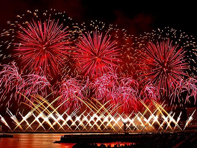 花火は冬も素敵です♡夏とは違った風情感じる「関東の冬の花火大会」3選