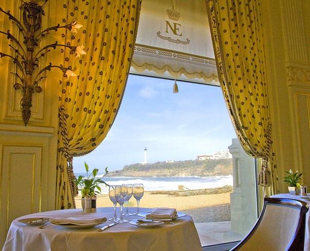 ホテル・デュ・パレのレストラン