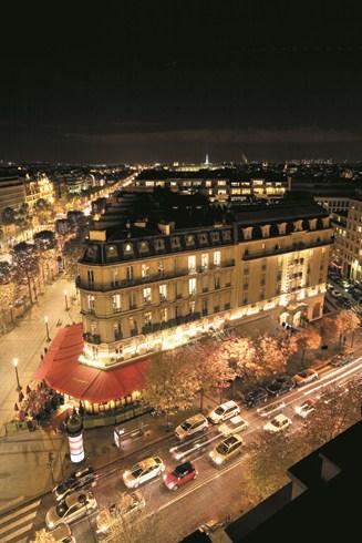 パリの伝説的ブラッスリーが生まれ変わった「ホテル・フーケッツ・バリエール」