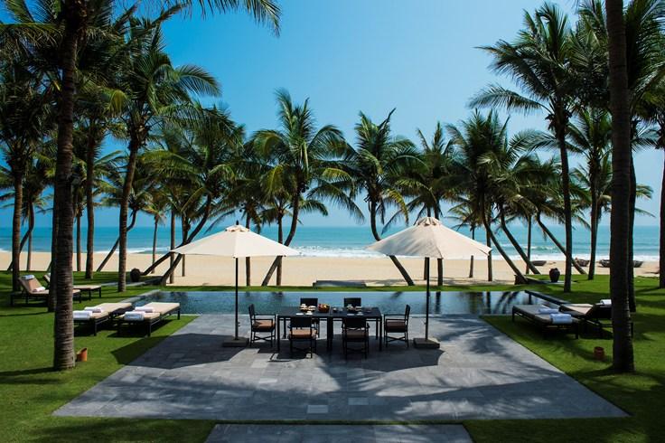 ベトナム随一と言われる美しいハ・マイビーチに建つ「ナム・ハイ・ホイアン」