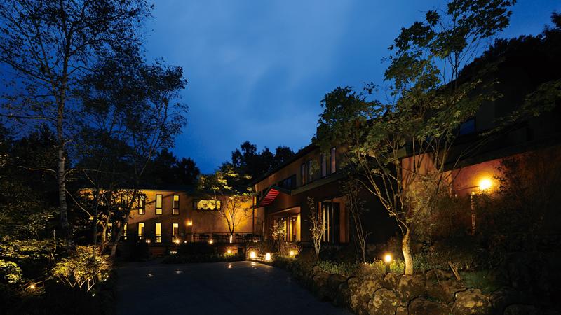 日本屈指のリゾート地「軽井沢」の人気ホテルランキング