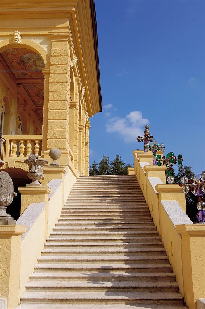 ビブロス・アート・ヴィラ・アミスタの入り口階段