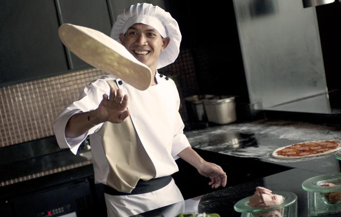 イタリアンレストラン「CORRENTE(コレンテ)」のシェフ