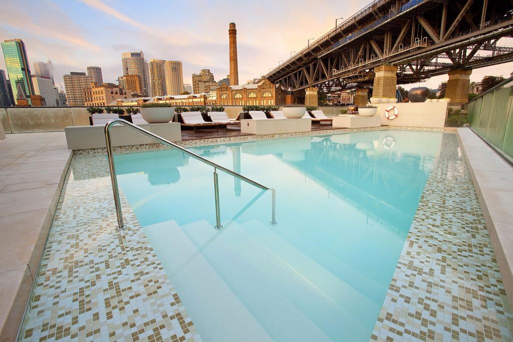 パーク・ハイアット・シドニーの屋外プール