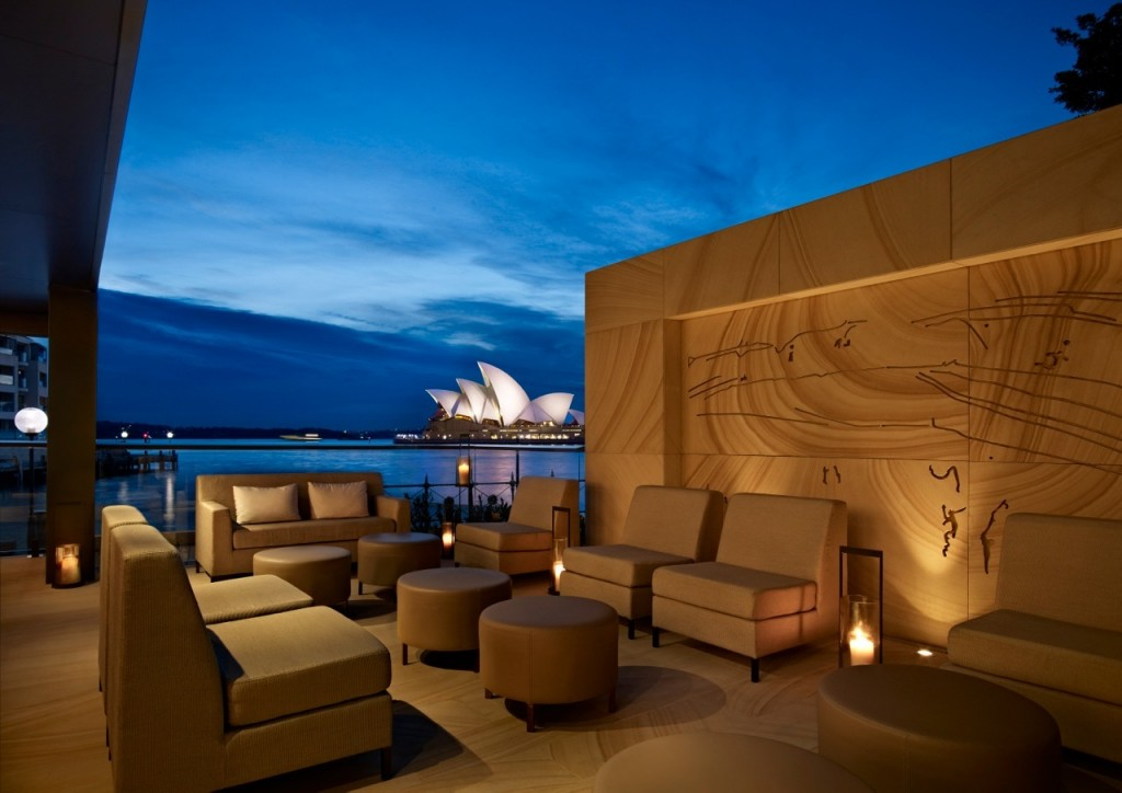 シドニー湾を望む絶好のロケーションに建つ「パーク・ハイアット・シドニー」