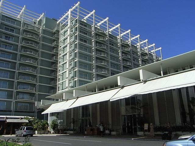 ザ・カハラ・ホテル&リゾートののエントランス
