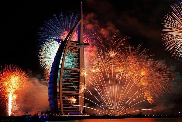 新年はどこに行きますか?世界の美しきカウントダウンイベント7選
