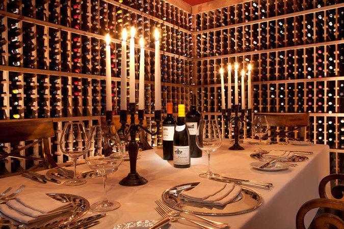 バーナーダス・ロッジのワインセラー