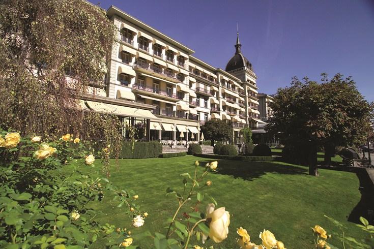 ヴィクトリア・ユングフラウ・グランド・ホテル&スパの外観