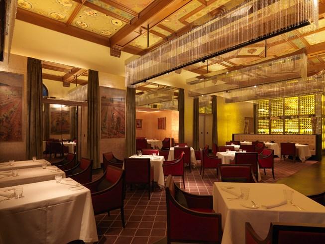 ザ・ドルダー・グランドのレストラン