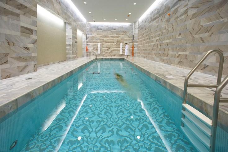 ザ・ヘイゼルトン・ホテル・トロントのプール