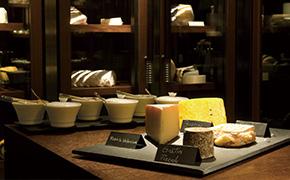ザ・リッツ・カールトン京都のイタリアンレストラン「ラ・ロカンダ」のチーズ