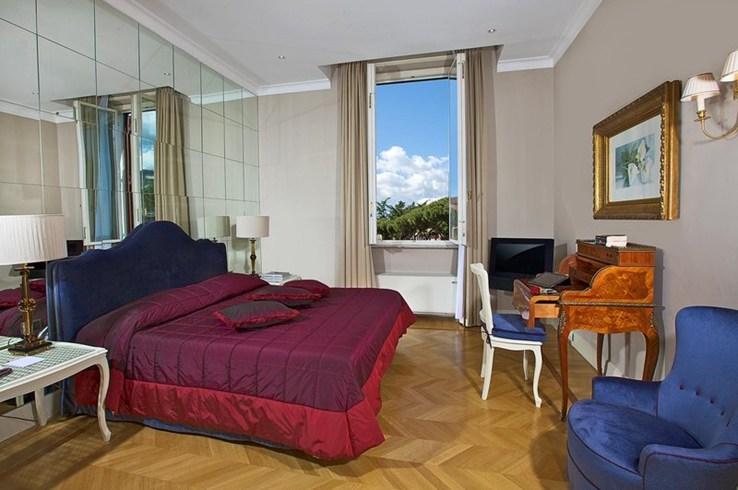 アルドロヴァンディ・ヴィラ・ボルゲーゼの客室