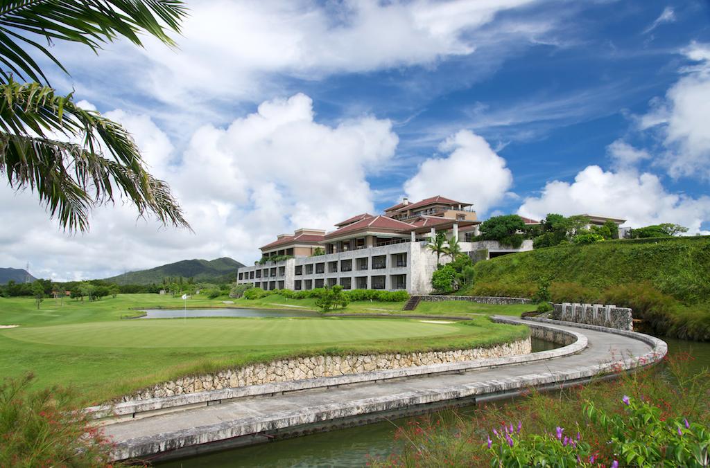 ザ・リッツ・カールトン沖縄の外観