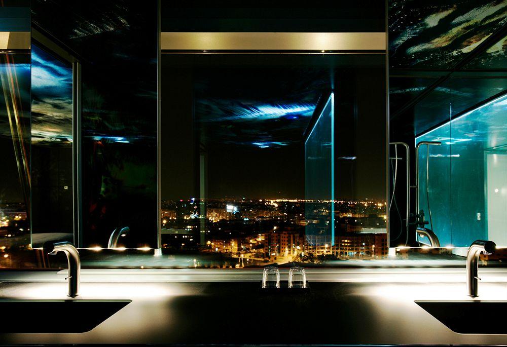 シルケン・プエルタ・アメリカ Hotel Silken Puerta Americaからの眺め
