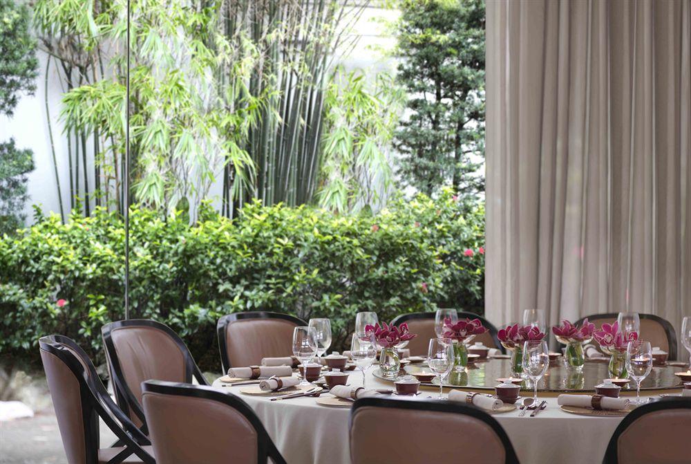 ザ・リッツ・カールトン・ミレニア・シンガポールのレストラン