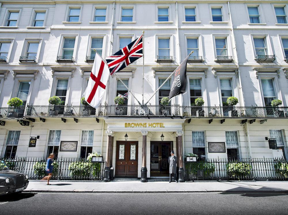 180年近い歴史を持つロンドン随一の「ロッコ・フォルテ・ブラウンズ・ホテル」